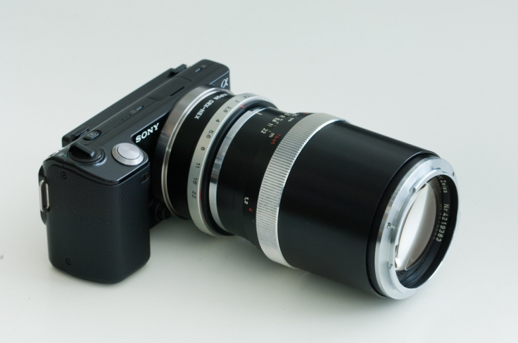 Sony NEX-5 with Zeiss Contarex Sonnar 135/2.8.